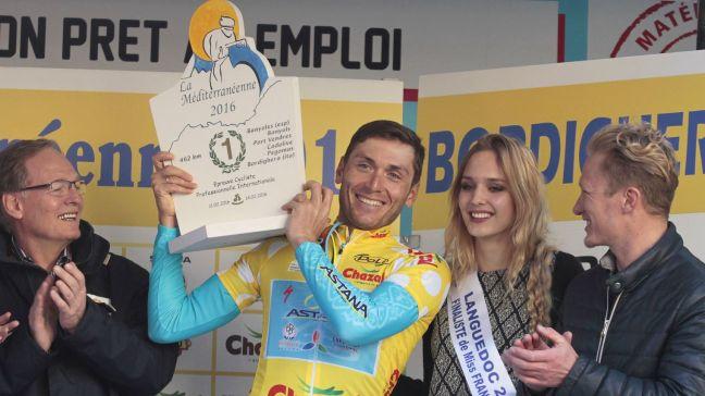 le-coureur-ukrainien-de-l-equipe-d-astana-andriy-grivko-vainqueur-de-la-mediterraneenne-le-14-fevrier-2016-a-bordighera-en-italie_5515789
